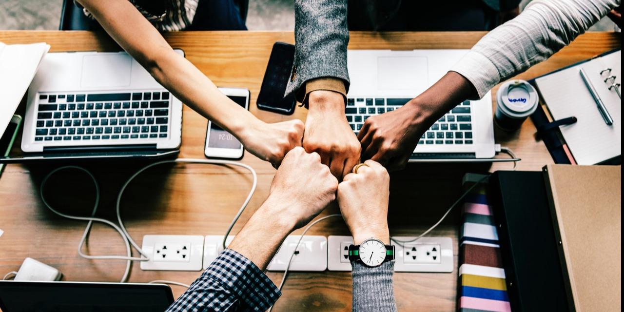 Améliorer l'expérience collaborateur permet d'améliorer la satisfaction de vos clients