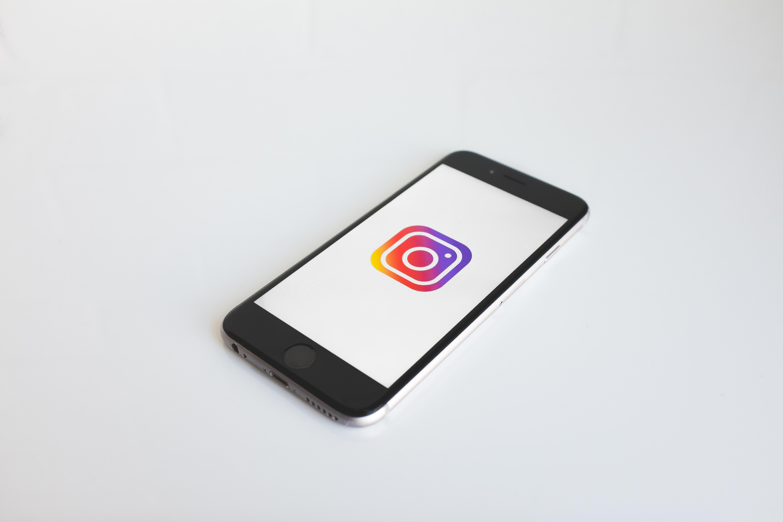 Comment mettre en place une FAQ sur le réseau social Instagram ?